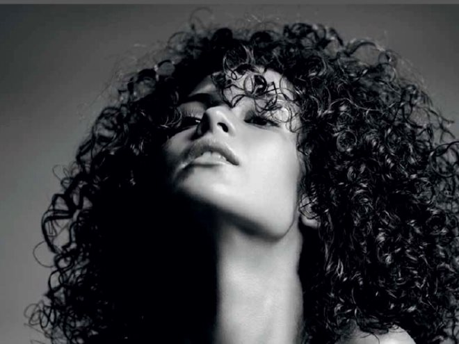 New Twisted Collection Elasticity for Curls