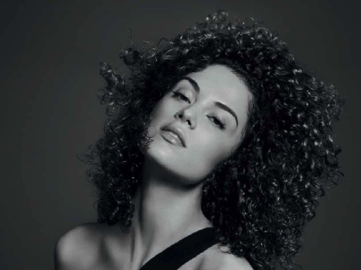 New Twisted Collection: Elasticity for Curls